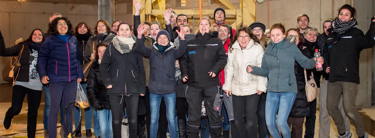 Die Mitarbeitenden des TbB beim ersten gemeinsamen Besuch der Baustelle Ende 2016. (Urheber: Andreas Trächslin)