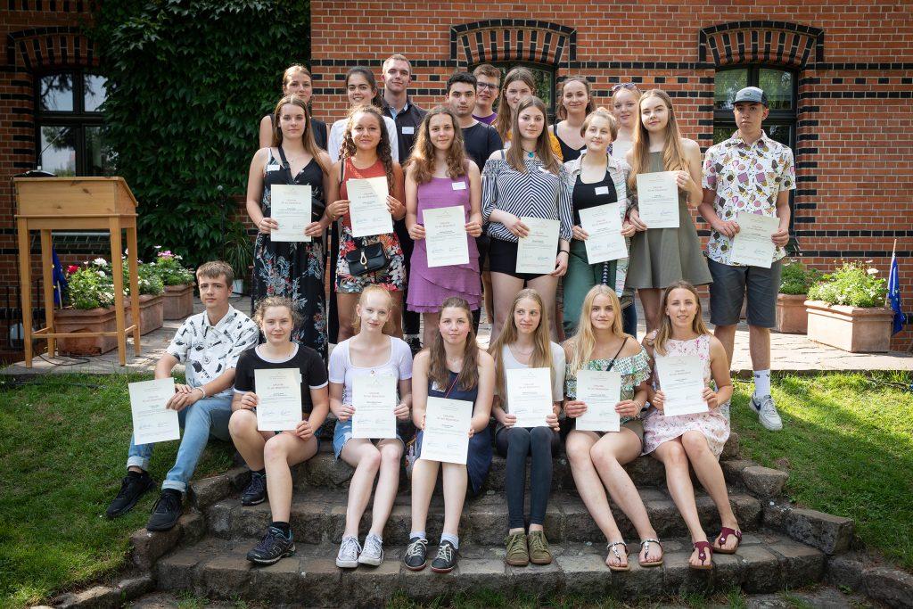 Stipendiaten 2019 vor dem Haus der Stiftung in Berlin Kreuzberg