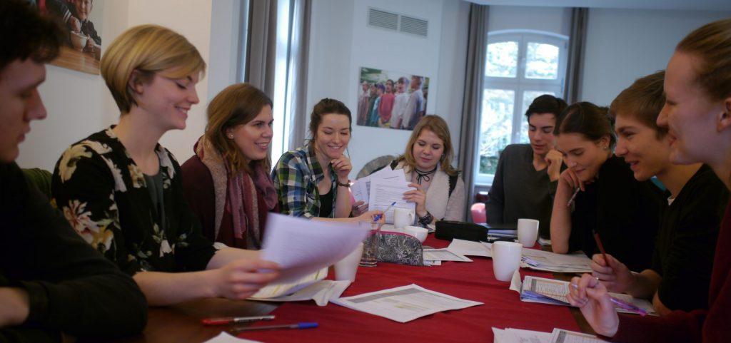 Jugendratssitzung der Kreuzberger Kinderstiftung