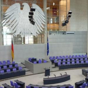 Als nächster Schritt steht die Abstimmung im Bundestag über die neuen Stiftungen an.