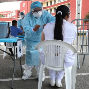 Corona-Impfung in einem peruanischen Militärkrankenhaus im Februar 2021. Nach Daten von Reuters liegt die Impfquote in Peru im August bei rund 27 Prozent.